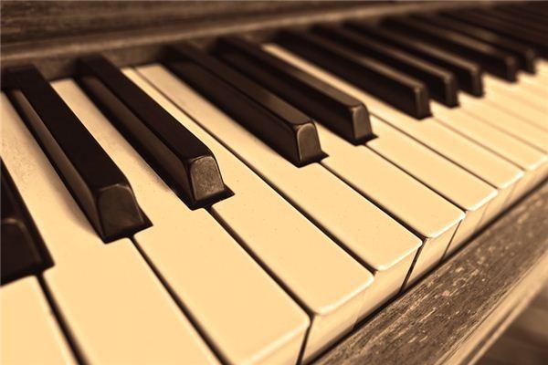 【꿈해몽】꿈에서 피아노의 의미와 상징