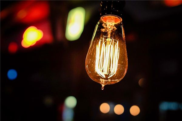 【꿈해몽】전등의 의미와 상징에 대한 꿈